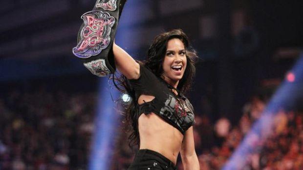 AJ Lee venciò a Kaitlyn y se convirtió por primera vez en la campeona de las divas. Galería de fotos pinchando aquí.