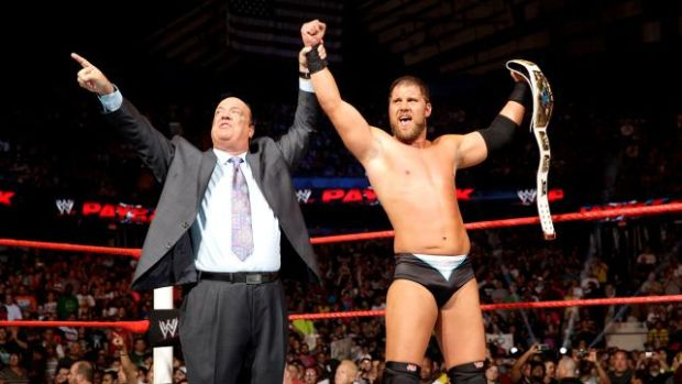 Curtis Axel venció a The Miz y a Wade Barret convirtiéndose en el nuevo campeón intercontinental. Galería de fotos pinchando aquí.