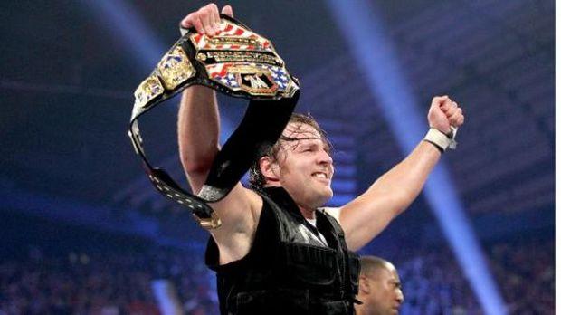 Dean Ambrose retuvo su campeonato de los Estados Unidos al vencer a Kane. Galería de fotos pinchando aquí.